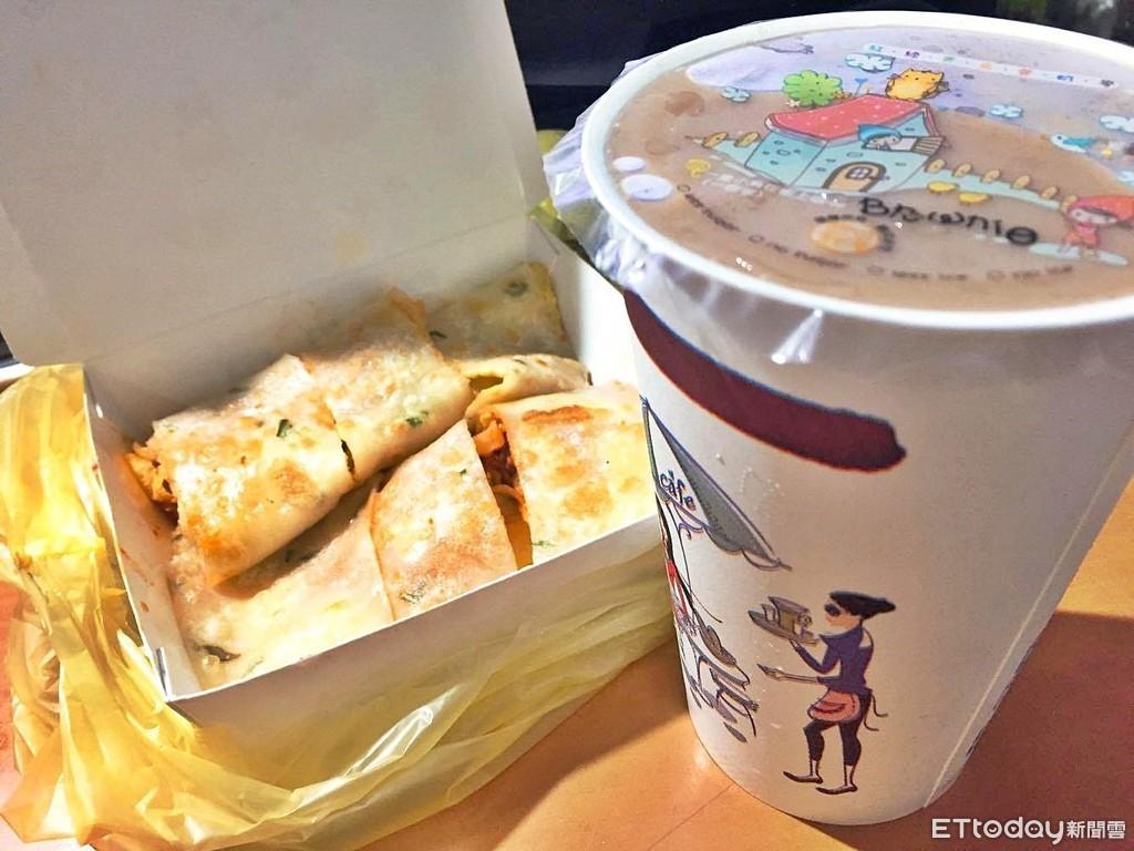 ▲▼早餐店,大冰奶,冰奶茶,奶茶,蛋餅,早餐。(圖/記者許力方攝)
