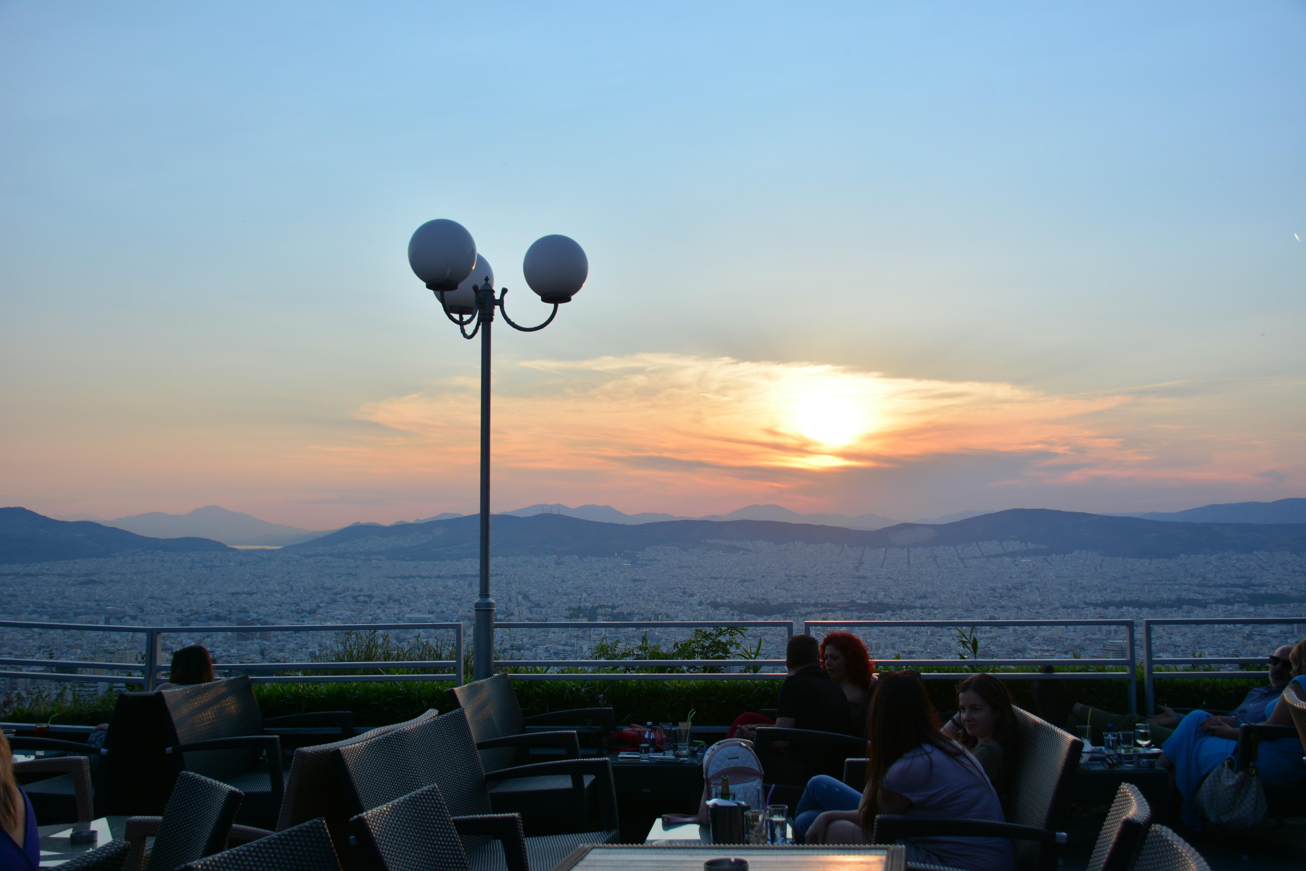 ▲▼希臘雅典日落夕陽,景觀餐廳。(圖/記者李姿儀攝)