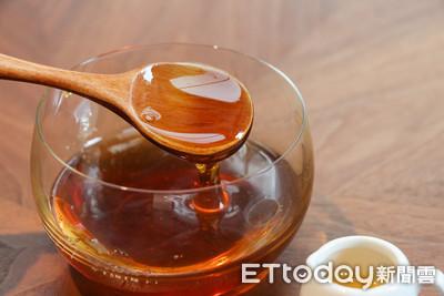 蜂蜜水何時喝、水多熱? 專家教你把握「4時機點」