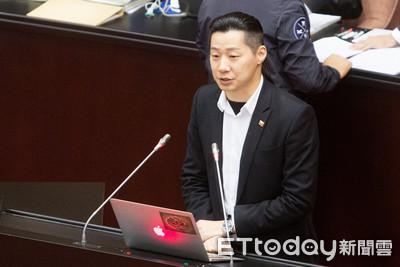 不滿官方修史 林昶佐要廢國史館