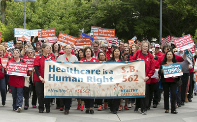 美國醫療費用居高不下的原因?