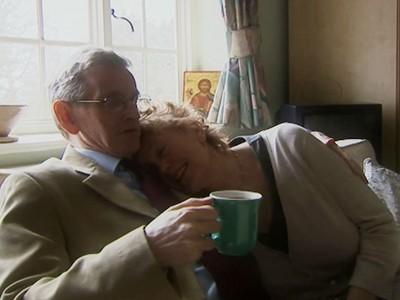 記憶每7秒就歸零,名指揮家突失智,餘生只記得熱戀中的妻子