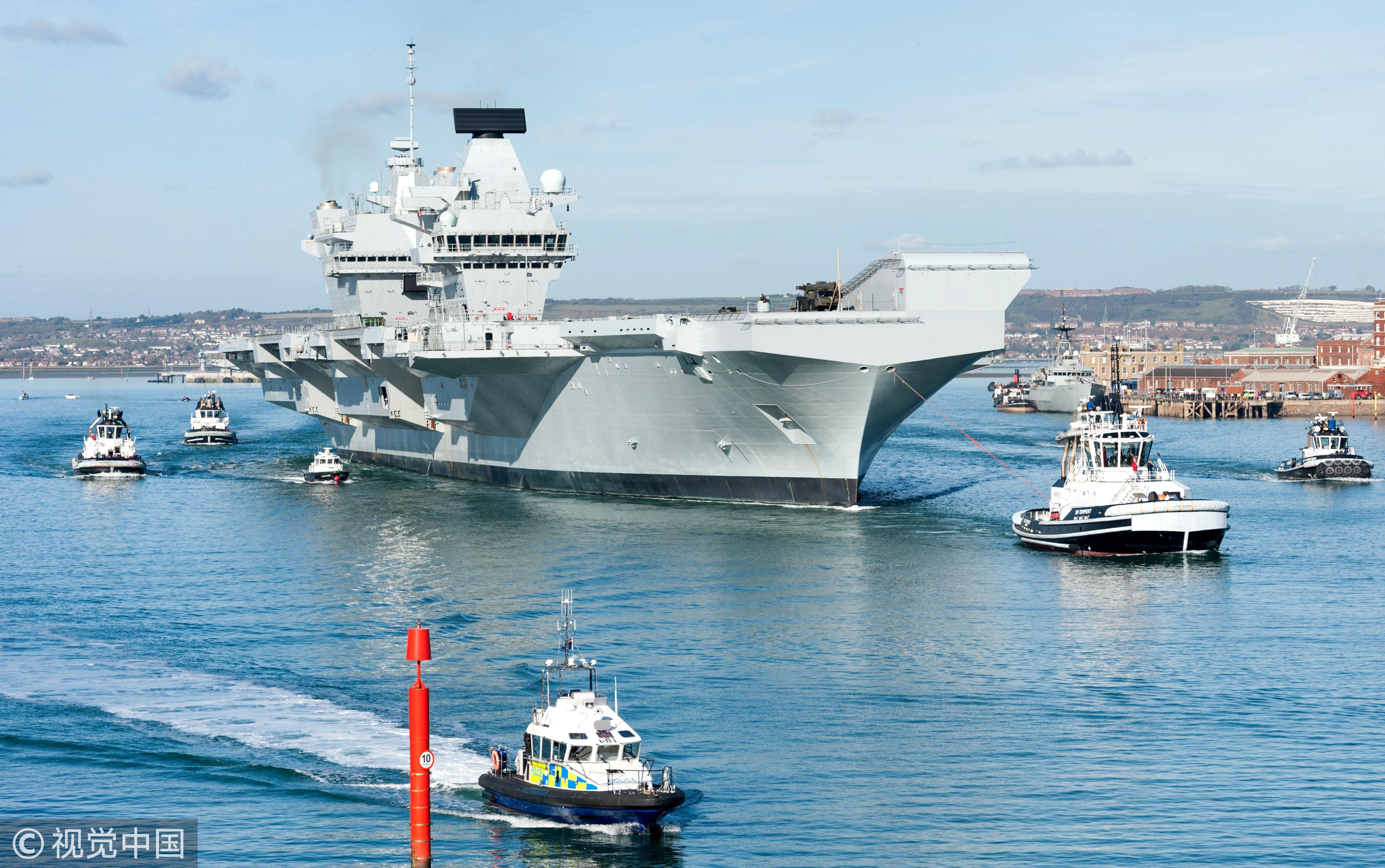 ▲▼2017年10月30日,伊麗莎白女王號航空母艦離開朴茨茅斯海軍基地將進行海上試航。(圖/視覺中國CFP)