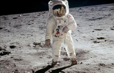 前軍官稱登月拍到UFO NASA回應了