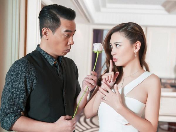 ▲▼應采兒「快速剝蒜法」讓人妻傻眼(圖/翻攝自新浪娛樂)