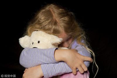 色翁猥褻4歲女童 阿公目擊怒報警