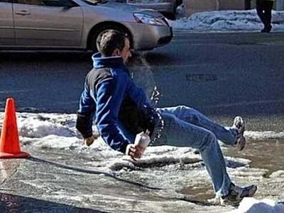 冰上跳breaking帥爆!..呃其實這是跌倒瞬間圖集(瞎