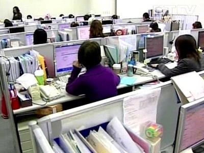壓力大、效率低、易請病假 開放式辦公室讓人不快樂