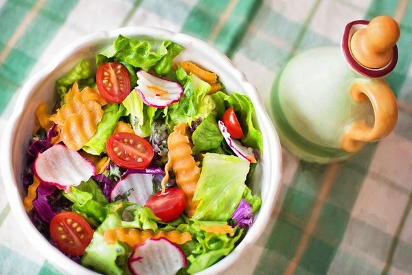 ▲You are what you eat,压力大时轻淡饮食更重要。(图/翻摄自pixabay)