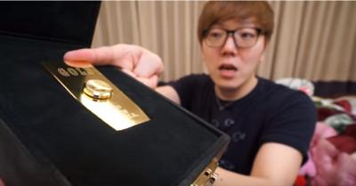 Youtuber砸百萬 買純金指尖螺