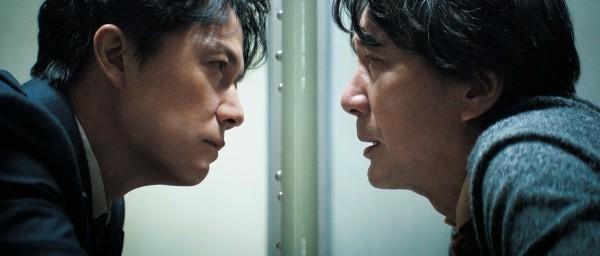 ▲《第三次殺人》演員福山雅治與役所廣司雙雄對峙。(圖/傳影提供)