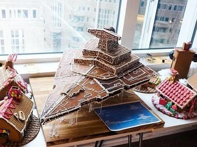 全宇宙最強薑餅!星戰宅手做「滅星者號」,開上太空沒問題
