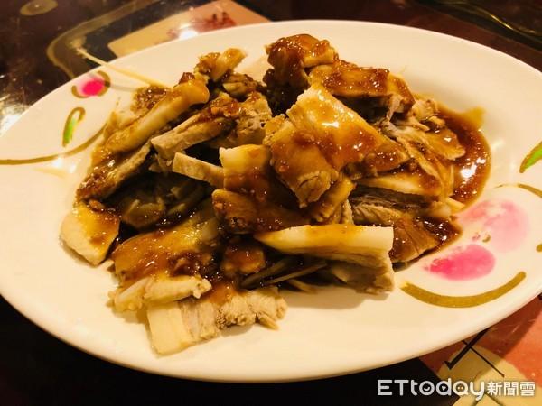 熱炒,蒜泥白肉。(圖/記者曹悅華攝)