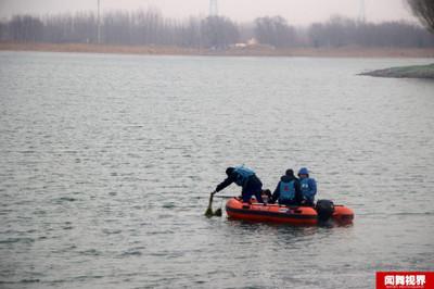 釣客釣魚落水 路人直播死亡畫面