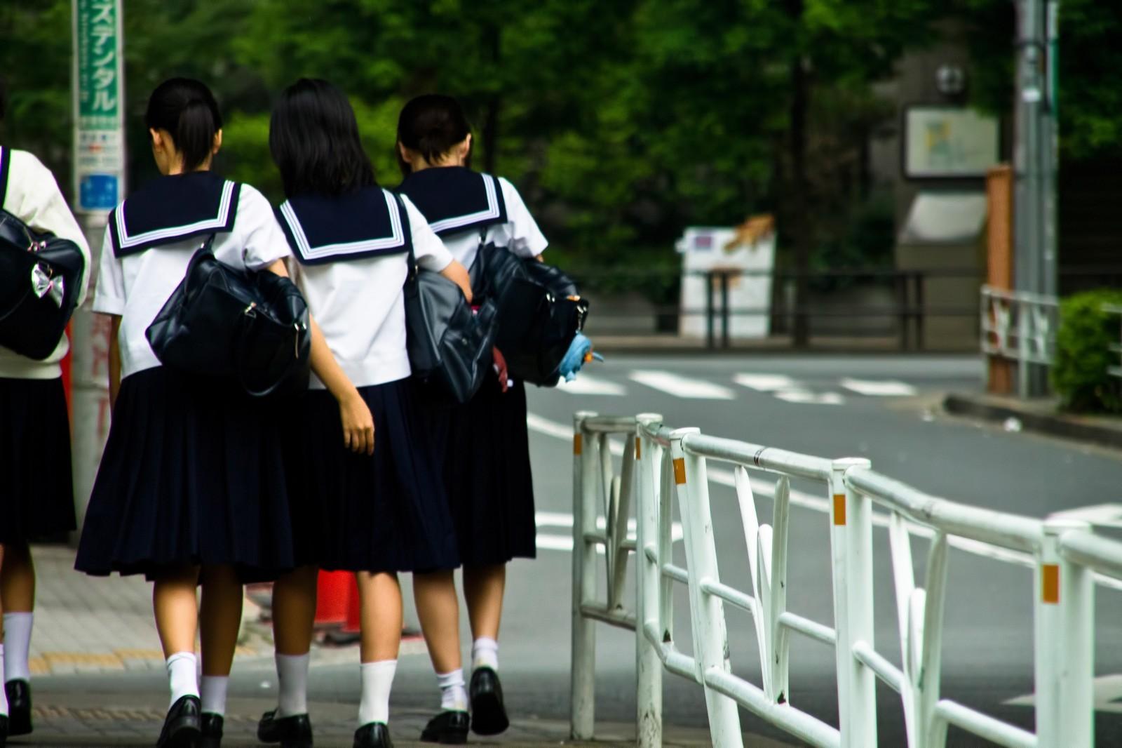 ▲▼國中生,女學生,放學,下課,高中生。(圖/pakutaso)