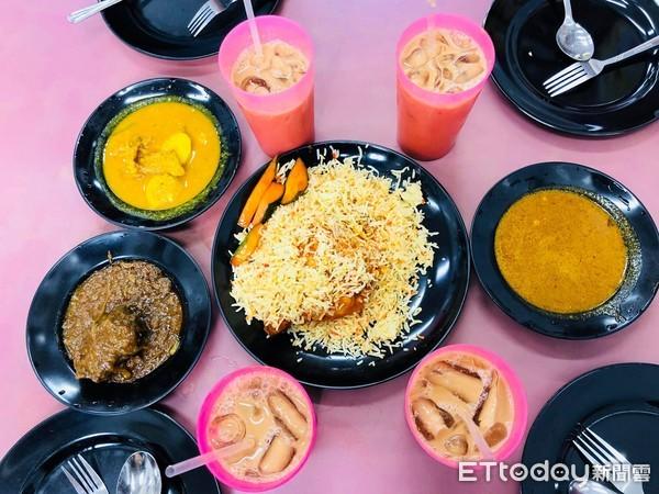 ▲印度料理,印度拉茶。(圖/記者曹悅華攝)