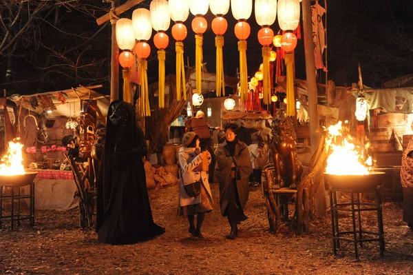 ▲山崎貴導演新作《鎌倉物語》由堺雅人主演,建構了一個充滿妖怪魔物的奇幻世界。(圖/中影國際提供)