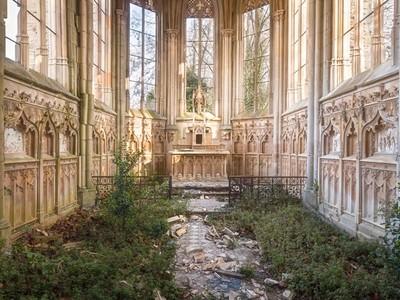 被神遺棄的地方...20座歐洲廢墟教堂,彷彿還有精靈入住