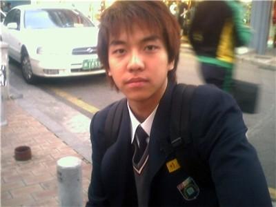 ▲李昇基學生照。(圖/翻攝自韓網)
