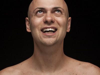 「想治禿頭,必先自宮」第一個研究禿頭的人 從閹官頭上找到希望