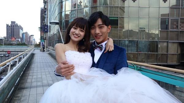 ▲▼SpeXial明杰宣布「我結婚了!」(圖/翻攝自明杰臉書)