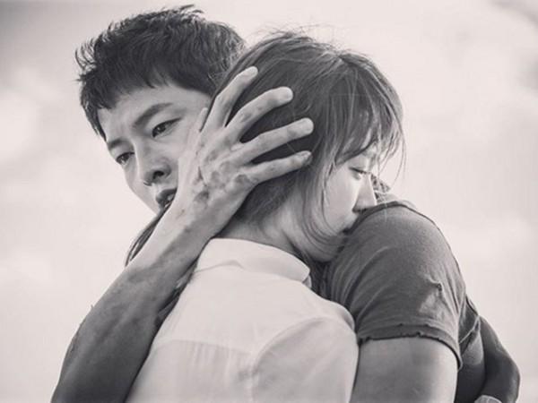 ▲宋慧喬和宋仲基2017年10月結婚。(圖/翻攝自宋慧喬IG)首圖大小