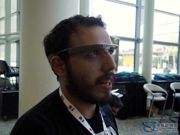 美國直擊Google Glass 使用介面直覺,觸控、聲控順暢