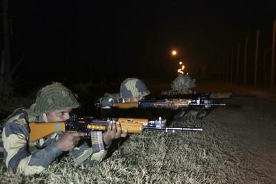 巴國越境攻擊失敗 對印舉白旗替同袍收屍