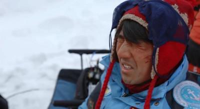 為什麼在雪地裡沒戴墨鏡會「雪盲症」?醫:等於直視太陽