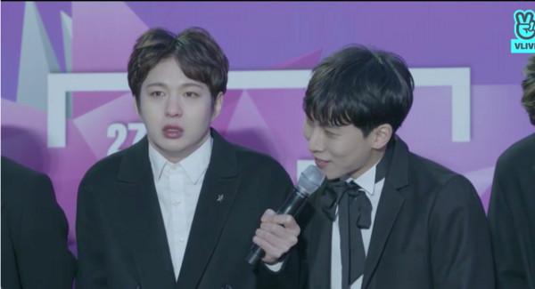 ▲首爾歌謠大賞- BTOB。(圖/翻攝自VLIVE)
