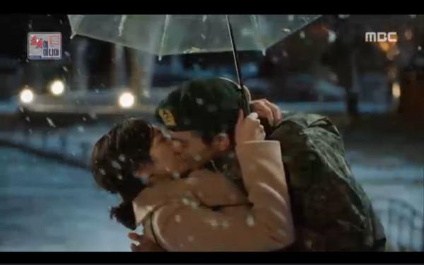 ▲▼雷/《機器人》結局甜蜜重現 俞承豪:Kiss要在這瞬間做(圖/翻攝自MBC)