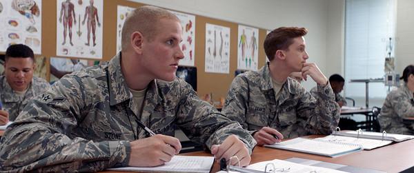 「army」的圖片搜尋結果