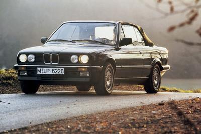 BMW E30「老鯊」為何是經典?