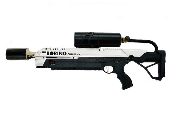 ▲特斯拉老闆改賣「火焰噴射槍」?售價1.5萬還能加購滅火器。(圖/翻攝自The Boring Company官網)