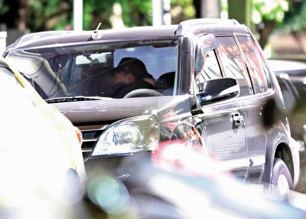 【雷婷熱戀中】直擊曾沛慈和他車上親熱 連換3個地點