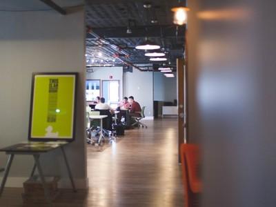 90%人曾在工作場所啪啪 脫褲哥:「公司掏槍」最有快感
