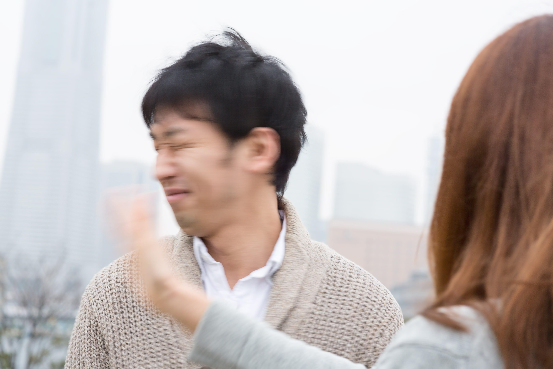▲情侶吵架,夫妻打架,打巴掌,家暴示意圖(圖/翻攝自免費圖庫pakutaso)