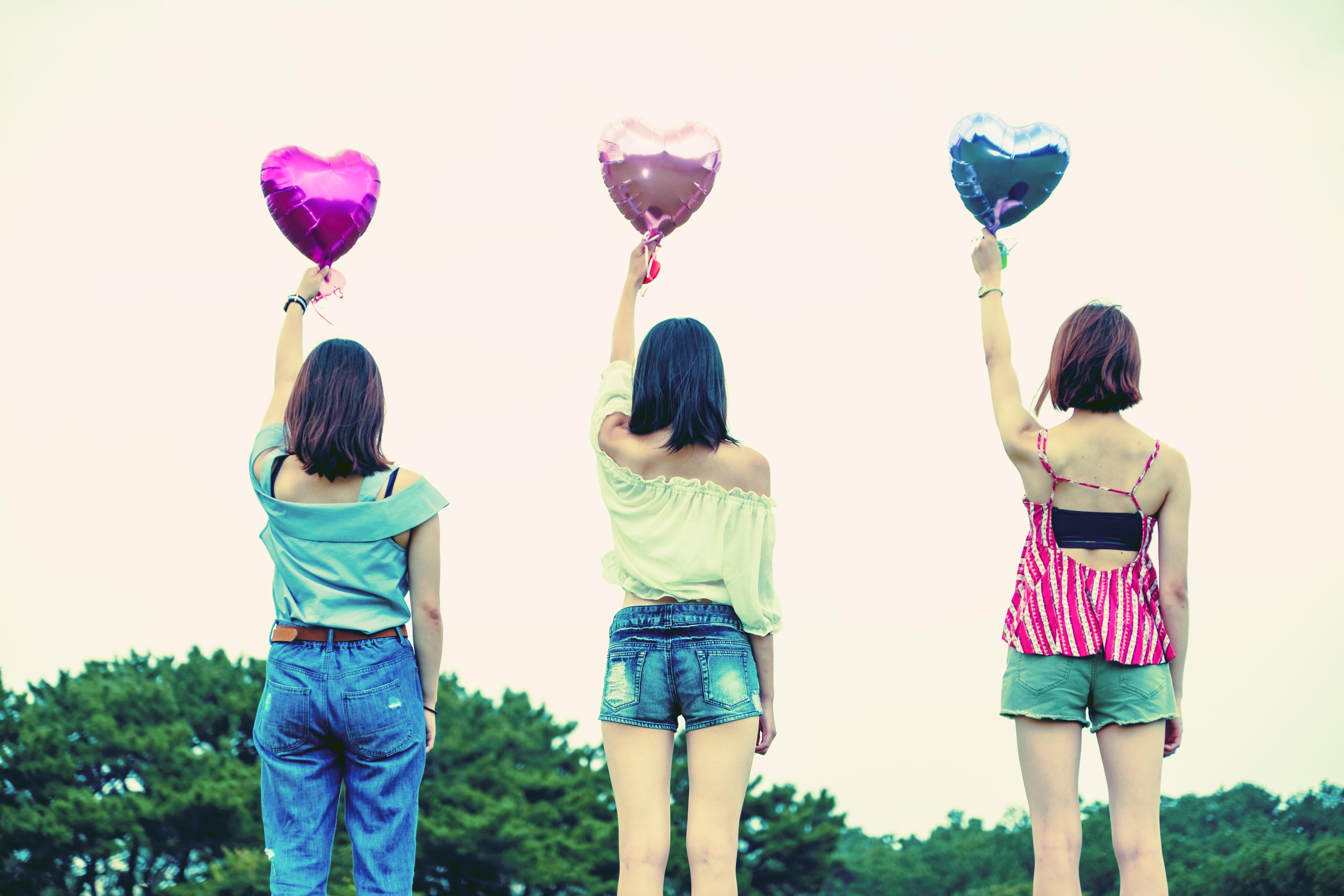 ▲▼閨蜜、好友、好朋友、友情、友誼。(圖/翻攝自免費圖庫pakutaso)