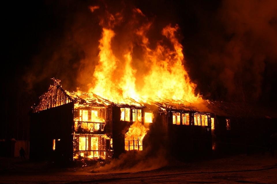 ▲▼火災,火場,著火,災害,失火,火燒厝,起火。(圖/取自免費圖庫Pixabay頁)
