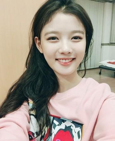▲金裕貞自童星出身,同時擁有甜美外型及出色演技。(圖/翻攝自金裕貞Instagram)
