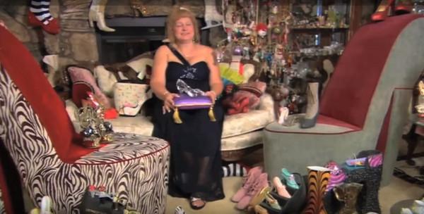 ▲▼美國加州「鞋后」達琳遭男友砸死。(圖/翻攝自YouTube/Guinness World Records )