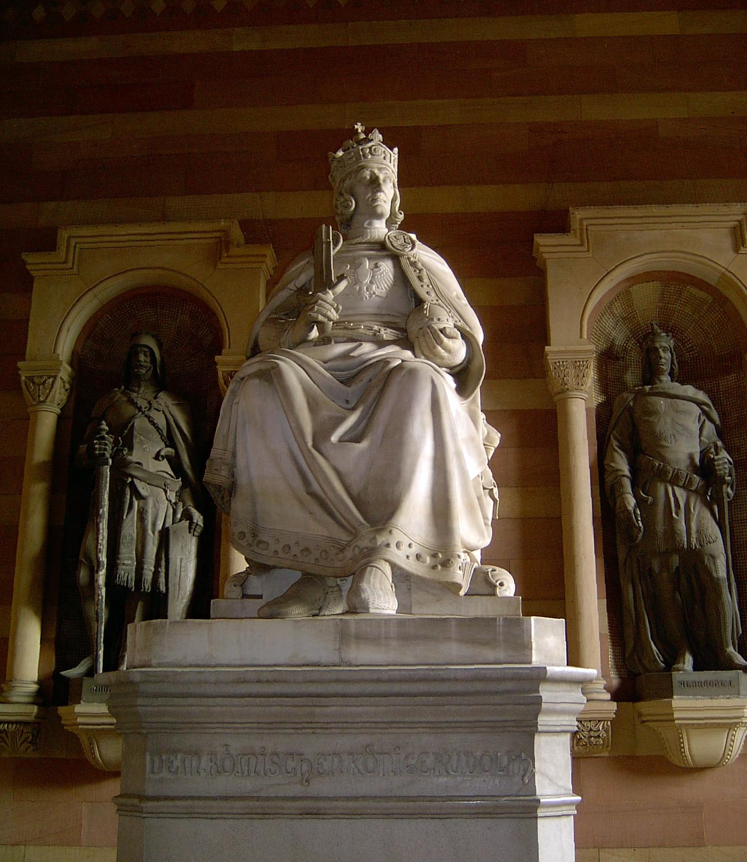 ▲▼靠聯姻建立600年王朝 歐洲最顯赫皇族人人長了大下巴(圖/翻攝自Wikipedia)