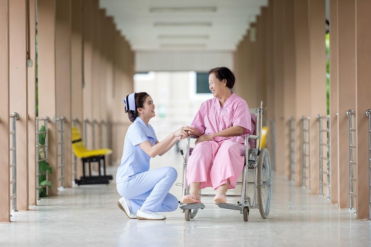 ▲▼護理師,病人,醫院,醫病關係。(圖/取自Pixabay)