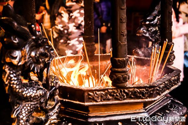 ▲▼拜拜,走春,祈福,發爐,宗教,香火。(圖/記者周宸亘攝)