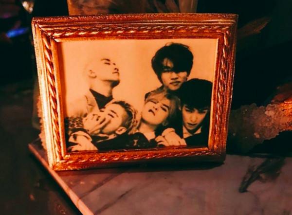 ▲▼ GD入伍倒數!BIGBANG「5人合體歡送」 粉絲看照片哭了(圖/翻攝自아이돌 이슈臉書)