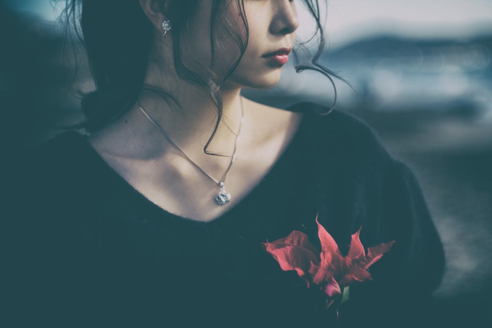 ▲▼女性,正妹,憂鬱,傷心,失戀,難過(圖/Pakutaso)