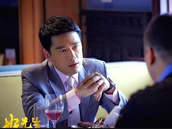 ▲王耀慶在《好先生》中的精湛演出,以及不惜自掏腰包的堅持,讓他在陸網討論度爆增。(圖/翻攝自網路)
