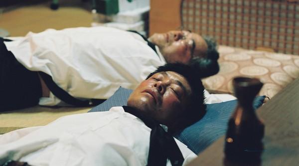 ▲《跟爺爺說再見》岩松了、光石研扮演兄弟大打出手。(圖/采昌提供)