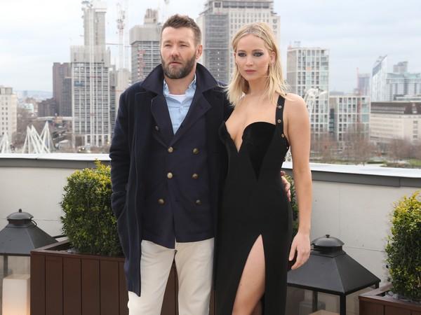 珍妮佛劳伦斯(Jennifer Lawrence)和乔尔艾哲顿(Joel Edgerton)。(图/达志影像)