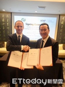 金管會與波蘭簽訂金融科技合作協議